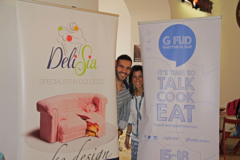 L'organizzatore Vincenzo e Luana di Delisia al cake contest del G'FUD