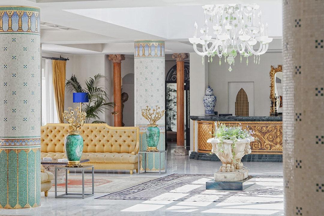Hall Hotel Manzi